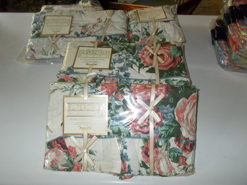"Wamsutta, ""Briar Rose"" Supercale Elite Full Flat Sheet"