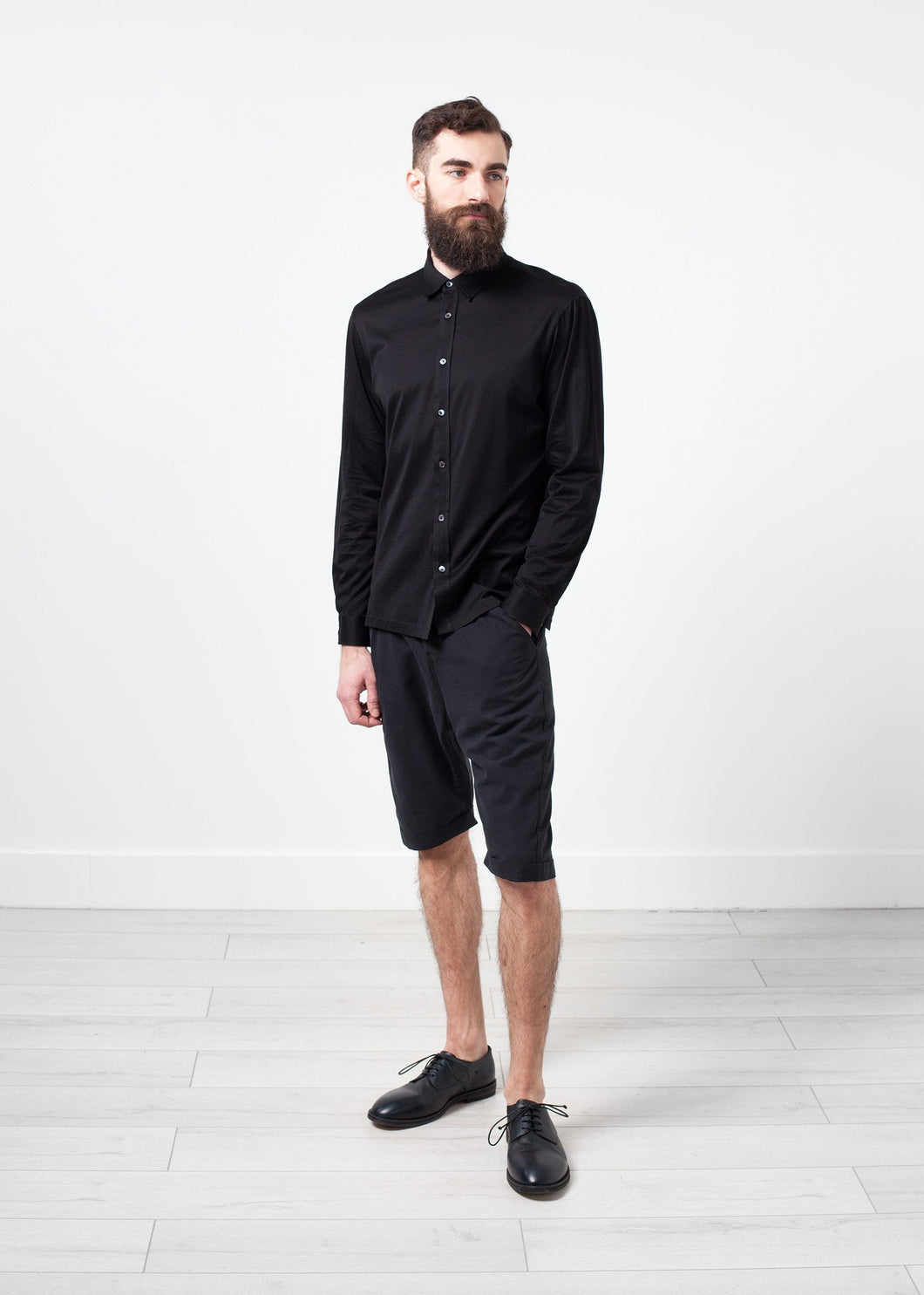 Scotland Button-Up in Black