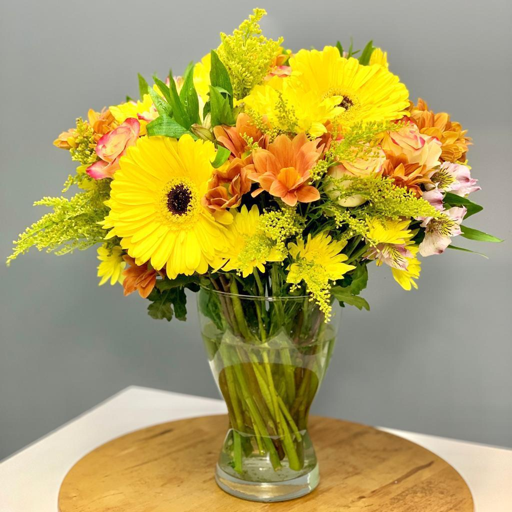Mango - Upscale and Posh - Same Day Flower Delivery Dubai