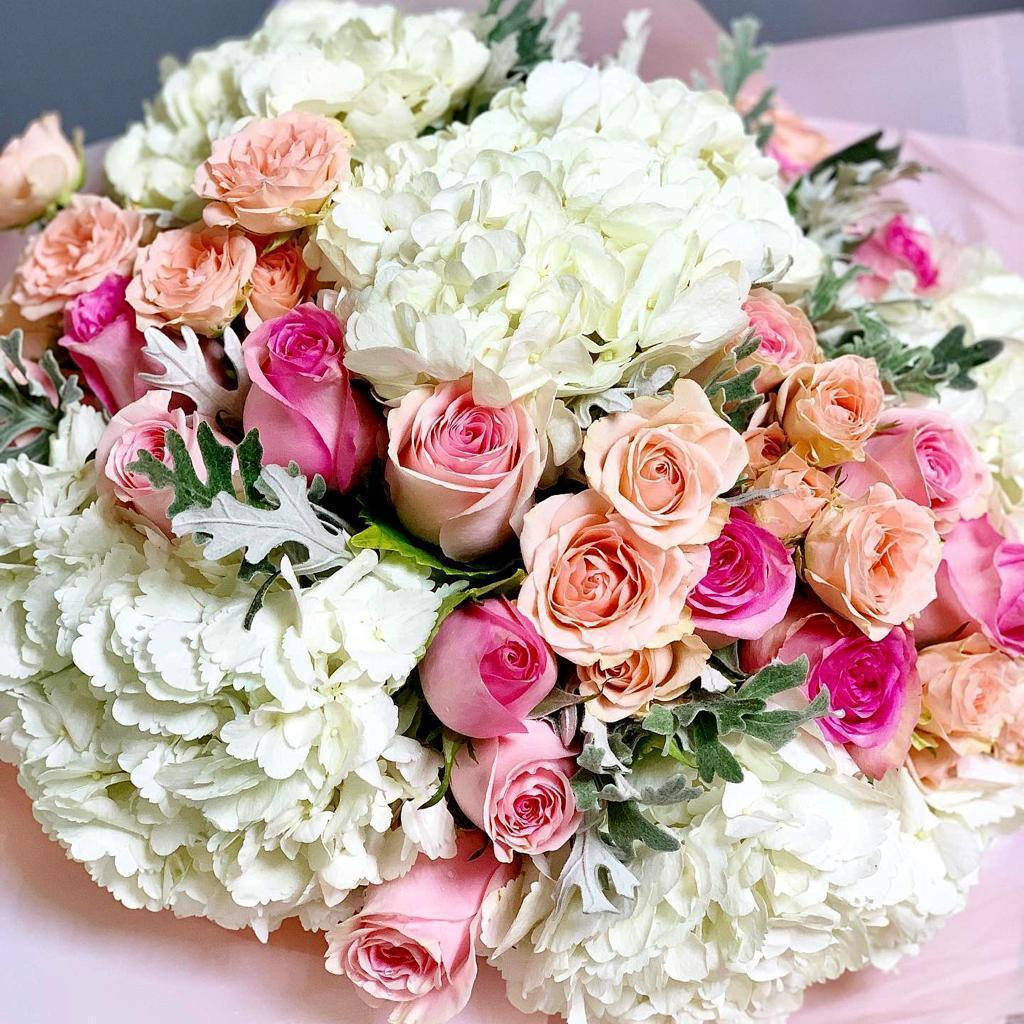 Solace of Pink - Upscale and Posh - Same Day Flower Delivery Dubai
