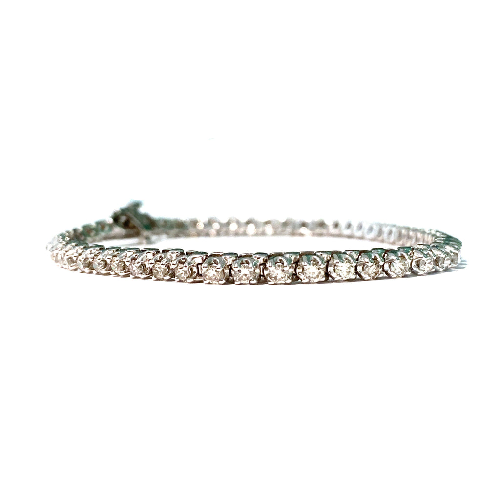 classic diamond tennis bracelet in 14 karat white gold with 2 total carat diamond weight