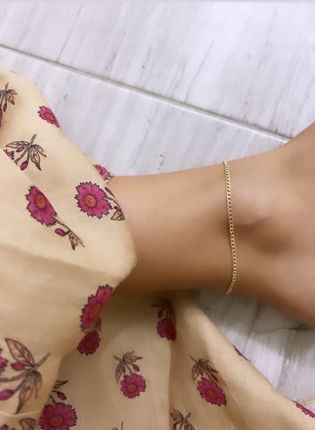 CURB LINK CHAIN ANKLET