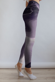 Purple Marble leggings Capris & Shorts