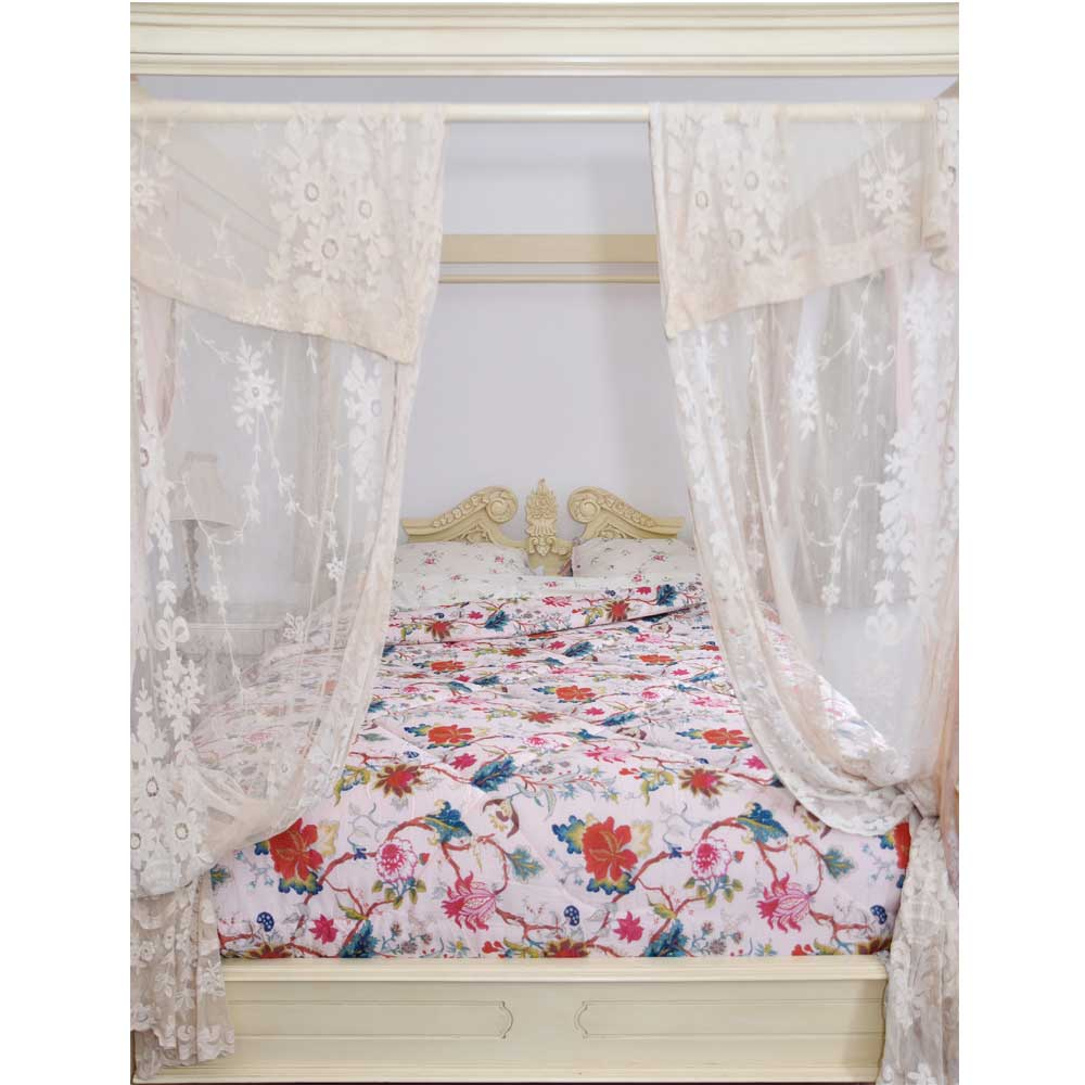 Pink Floral Cotton Indian Bed Quilt