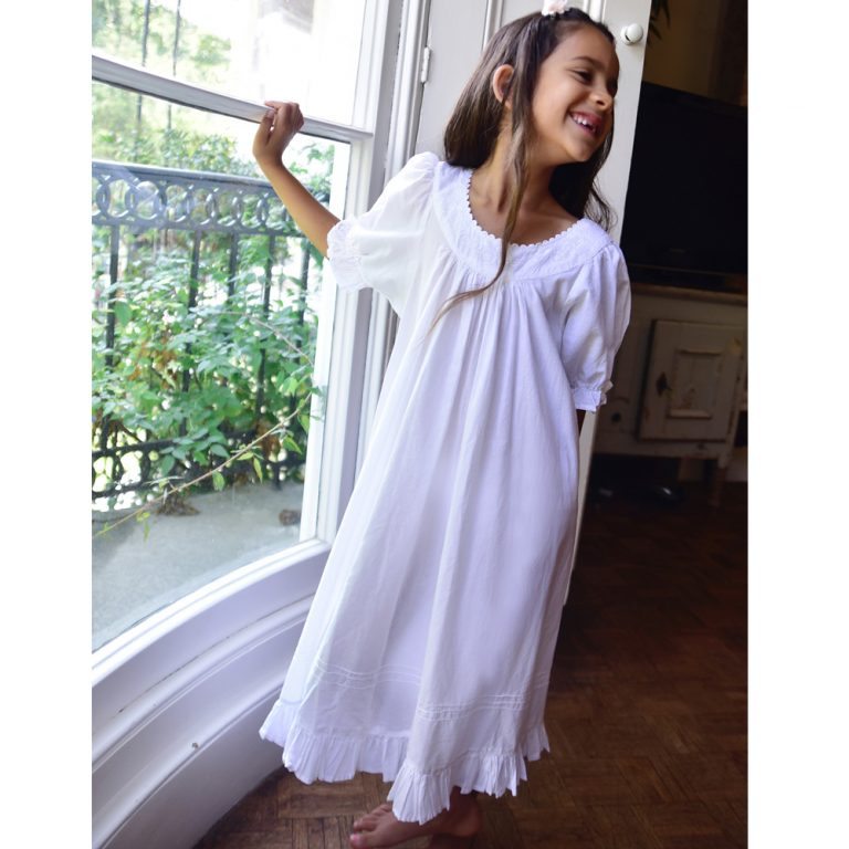 Girls White Cotton Puff Sleeve Nightdress