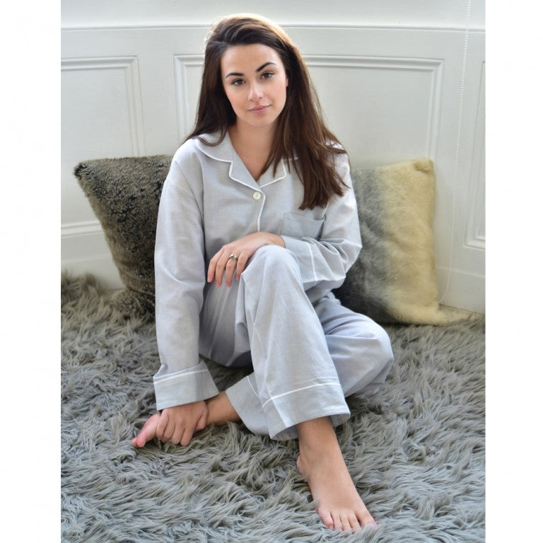 Grey Linen Ladies Pyjamas With White Piping