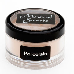 Loose Porcelain Finishing Powder in 2 gram shaker jar