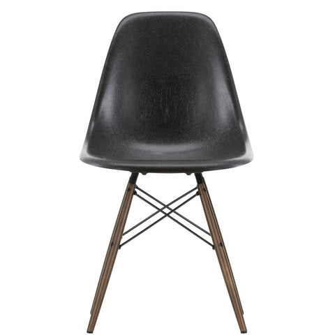 Vitra Eames Fiberglass Side Chair DSW: Base Maple