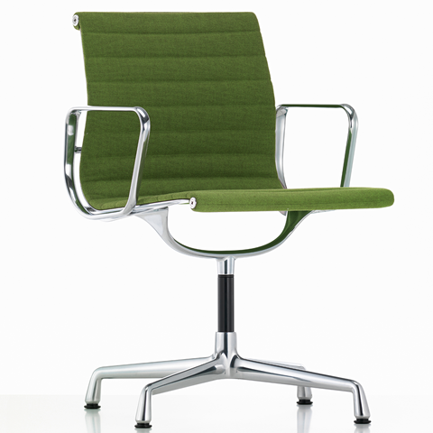EA 103 Eames Aluminium Group Chair