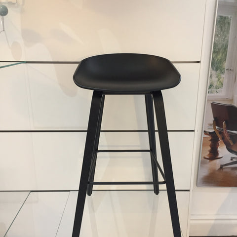SALE HAY AAS 32 BAR STOOL BLACK - Ex Display