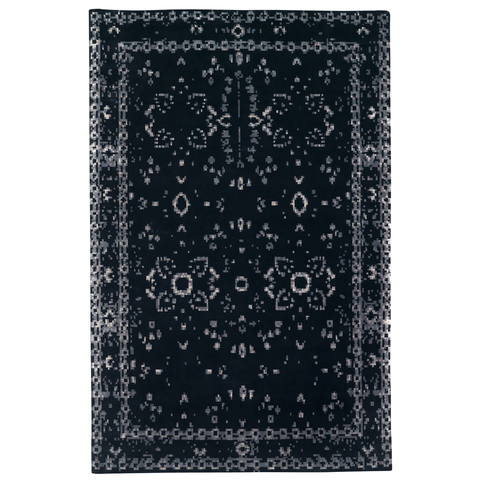 Furtive Persan Hand Knotted Rug