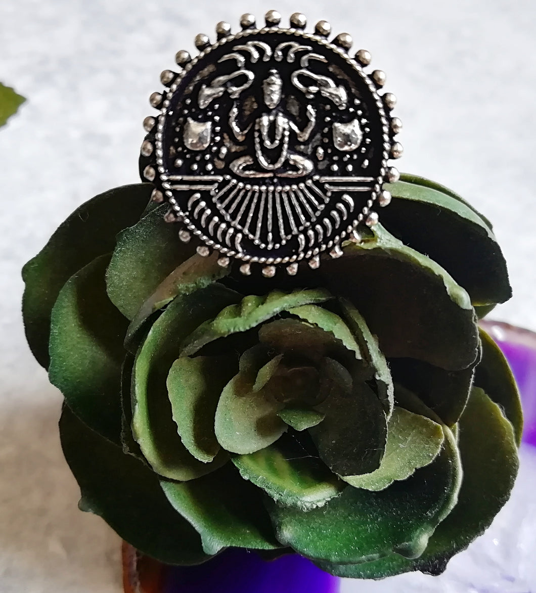 Meditating Round Shiva Ring