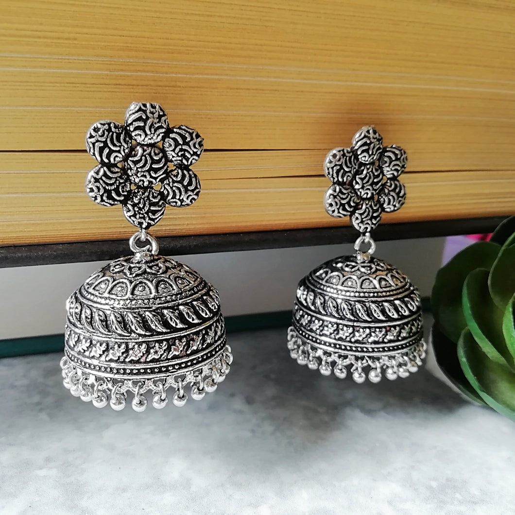 Silver Daisies Earrings