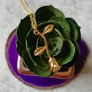 Single Rose Romantic Rosebud Necklace - Gold