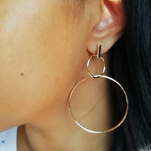 Load image into Gallery viewer, Dangle & Drop Edgy Minimalist Earrings