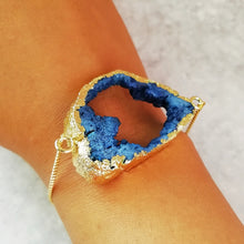 Load image into Gallery viewer, Blue Crystal Agate Druzy Bracelet