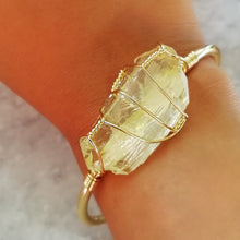 Load image into Gallery viewer, Citrine Gold Wire Wrap Druzy Bangle