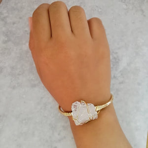 White Crystal Gold Wire Wrap Druzy Bangle