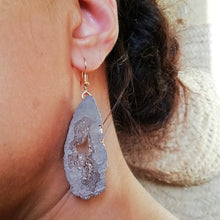 Load image into Gallery viewer, Mauve Faux Crystal Druzy Earrings