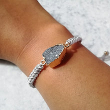 Load image into Gallery viewer, Grey/Lilac Crystal Druzy Bracelet