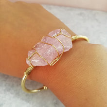 Load image into Gallery viewer, Rose Quartz Gold Wire Wrap Druzy Bangle