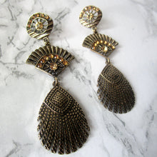 Load image into Gallery viewer, Fan and Feather Peacock Earrings