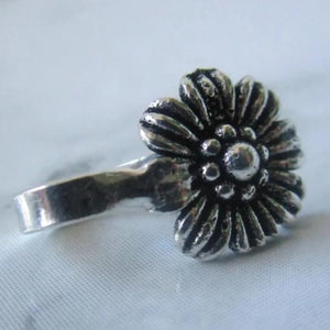 Silver Flower Faux Nose Piercing/ Nose Pin