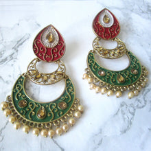 Load image into Gallery viewer, Red and Green Intricate Earrings