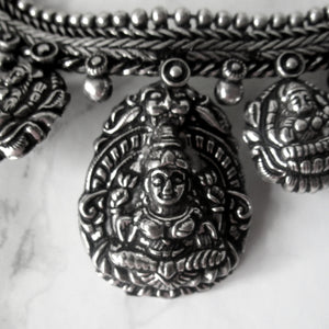 Stunning everyday silver shiva necklace with intricate detail throughout. Perfect for all occasions.