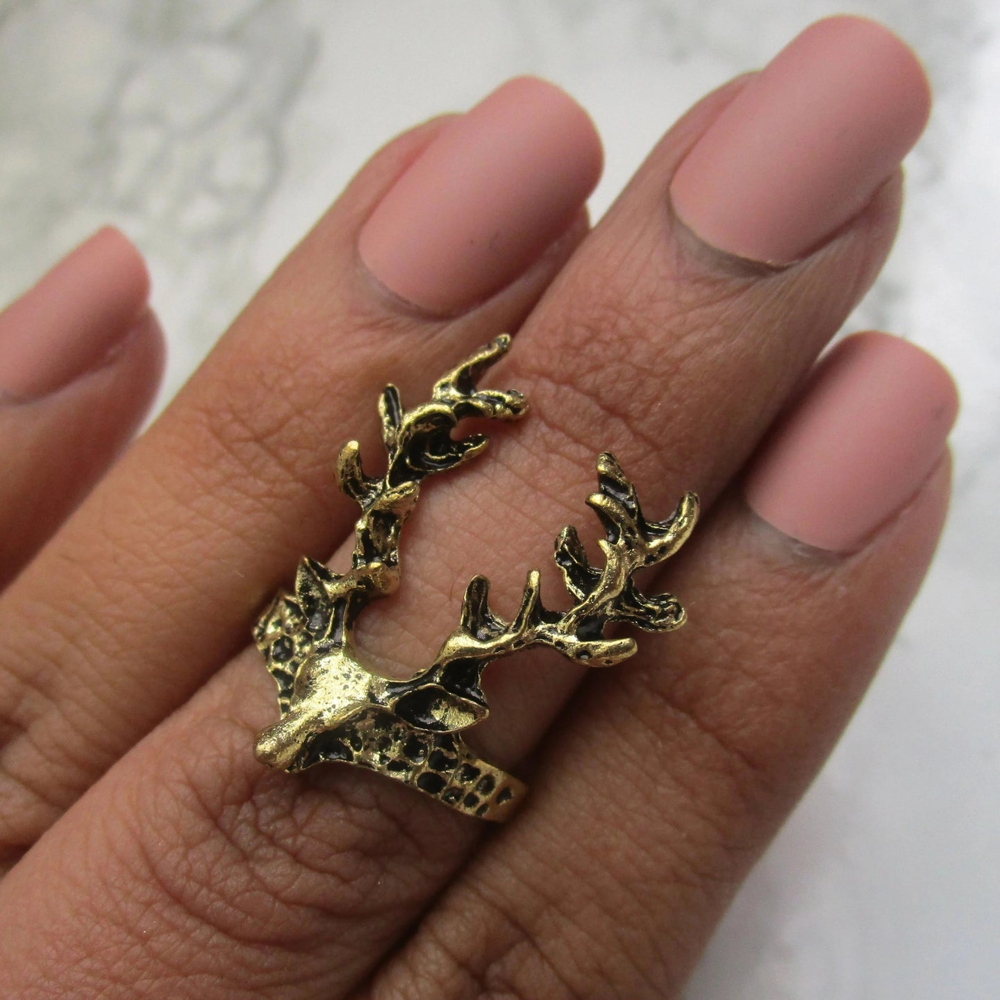 One Size Gold Stag Midi Ring, suitable for all occasions.