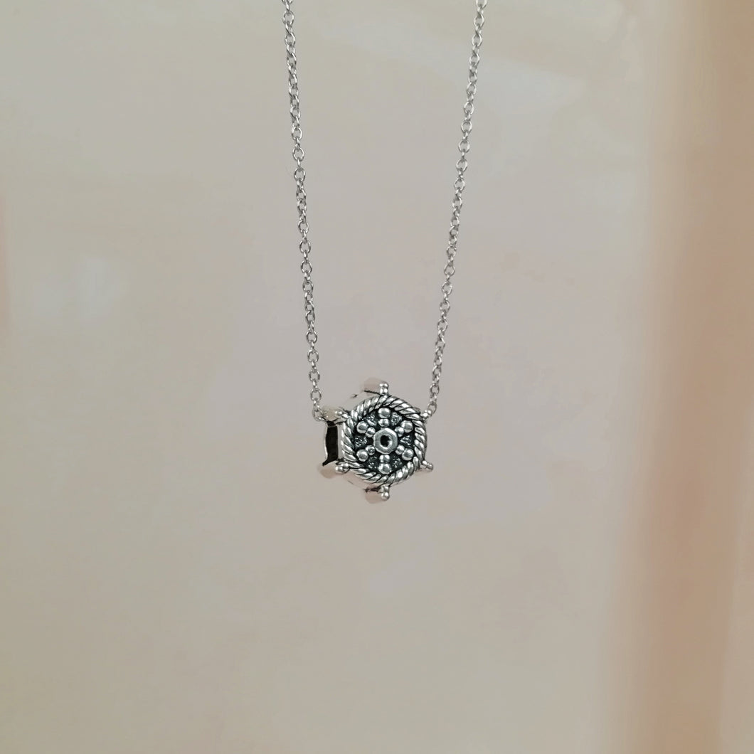 Wheel Necklace