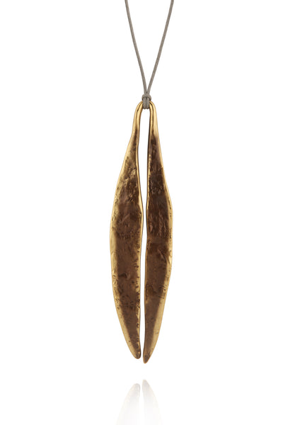 Quarry Long Leaf Pendent