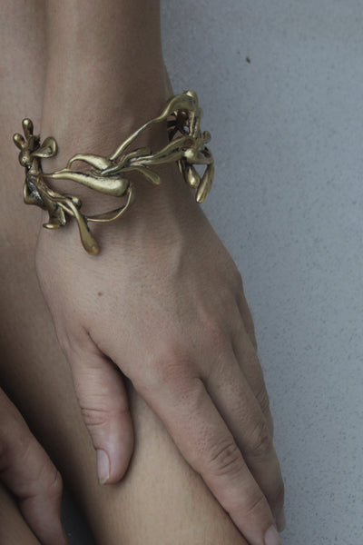 ManifestDesign - Sprout Cuff - Anti. Goldplate - Wearcase