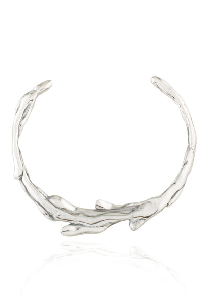 Sirena Collar Necklace in polished Aluminum - back view