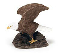 Bald eagle sculpture