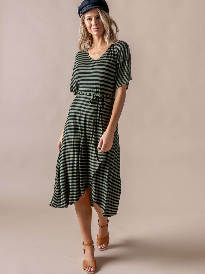 Flutter Sleeve Midi Dress