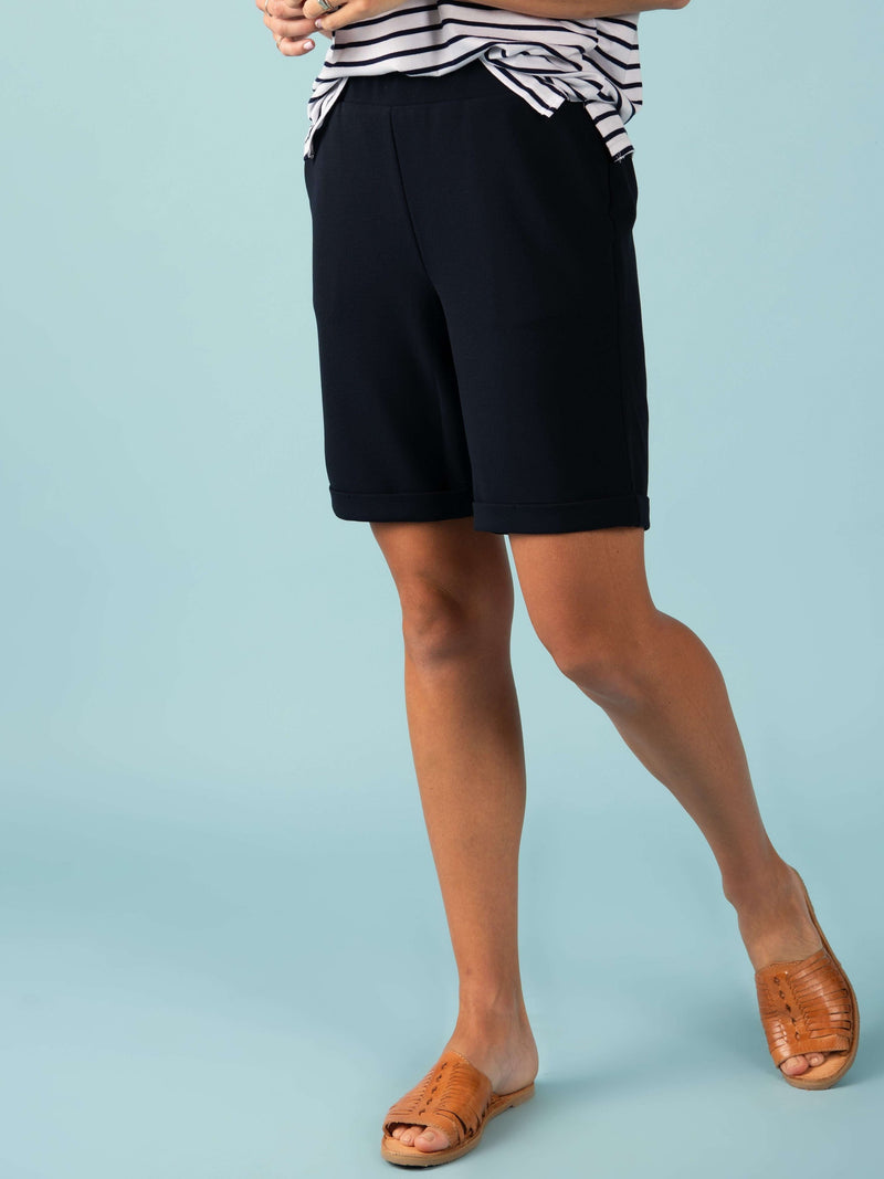 Weekday Short (9in Inseam)