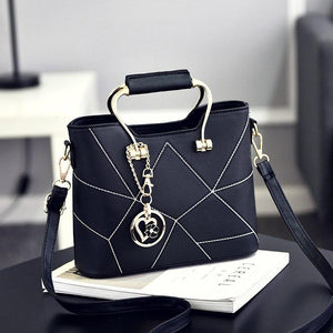 Ladies Leather Shoulder Bag. - Hidden Gem Bags & Accessories.