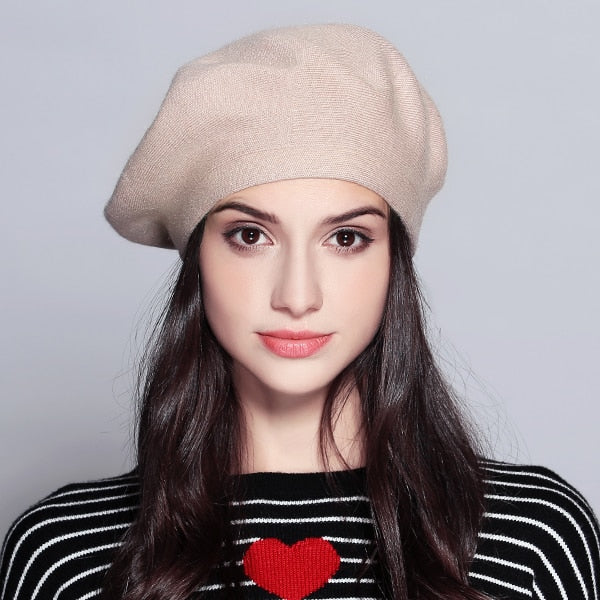 Women's Vintage Beret. - Hidden Gem Bags & Accessories.