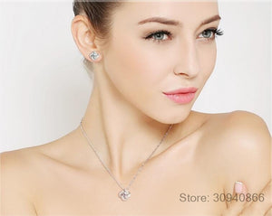 Sterling Silver Crystal Clover Pendant Necklace. - Hidden Gem Bags & Accessories.