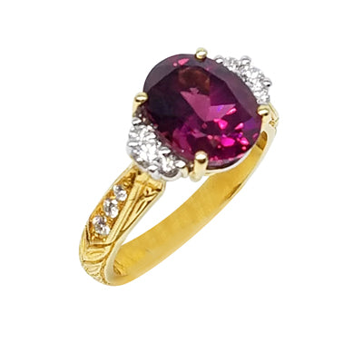 Gemstone Ring 9046 OV GR 18KTT