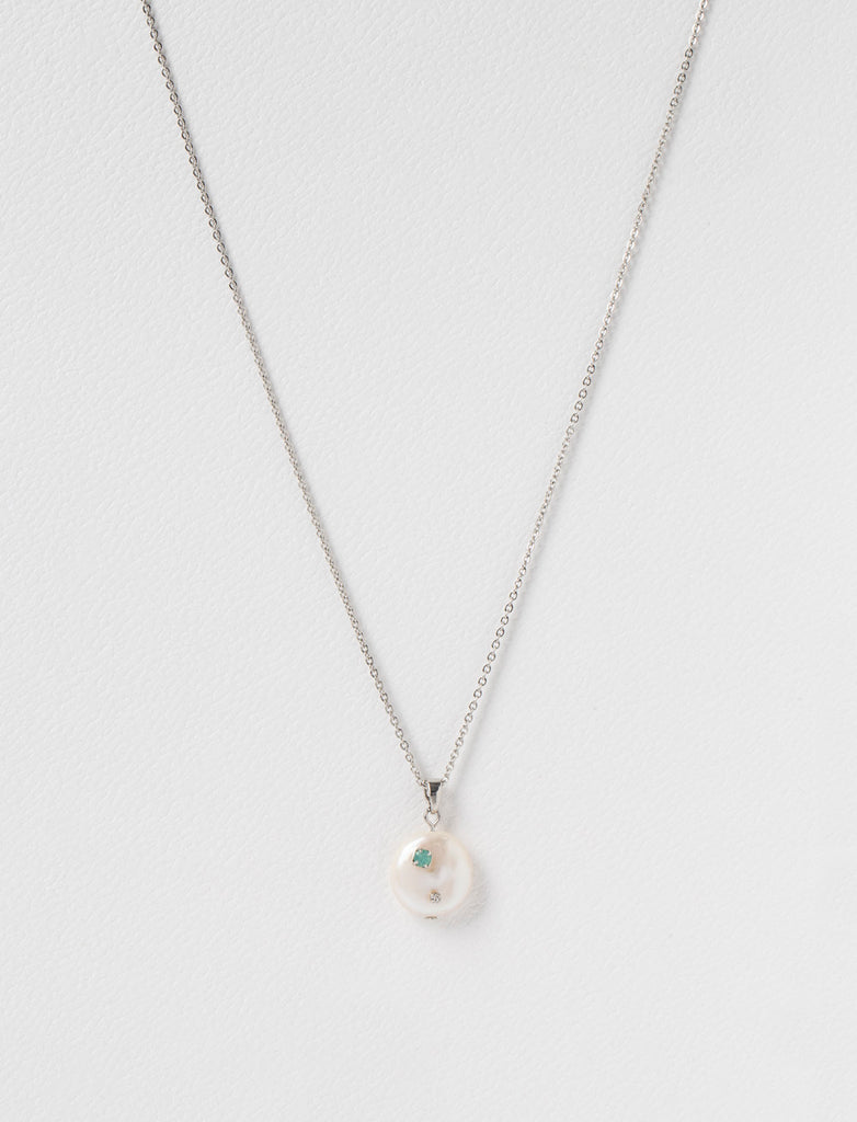 STONE DETAIL PEARL CHARM NECKLACE