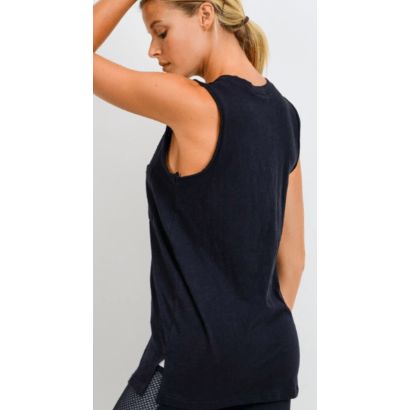 Essential cotton muscle pocket tank
