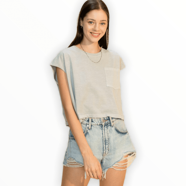 Oversized muscle tee with pocket in pearl grey
