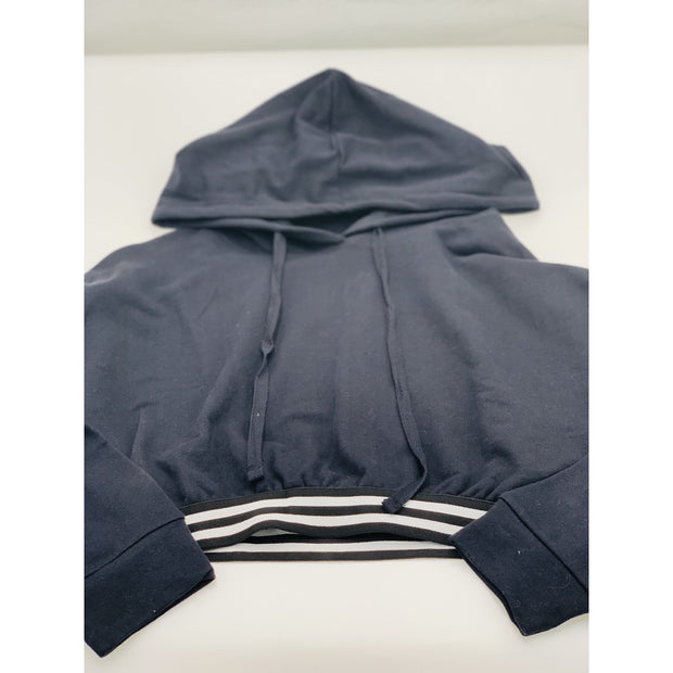 Black cropped hoodie w stripe detail on bottom - Bolt Addiction