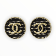 White or black enamel gold double C stud earrings