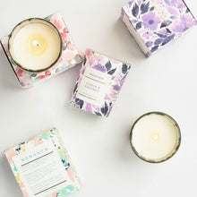 Load image into Gallery viewer, Small Scented Candle Souvenir Aromatherapy Smokeless Soy Wax candles 2oz