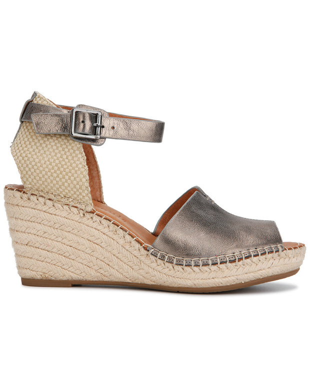 Gentle Souls By Kenneth Cole Charli Metallic Leather Wedge Sandal