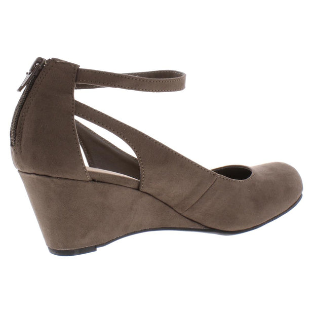 American Rag Womens Miley Faux Suede Chop Out Wedge Heels