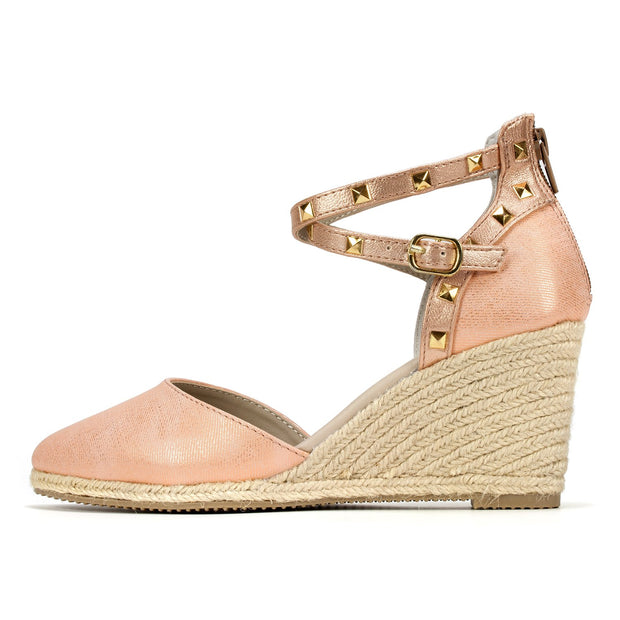 Rialto Womens Campari Closed Toe Casual Platform Sandals